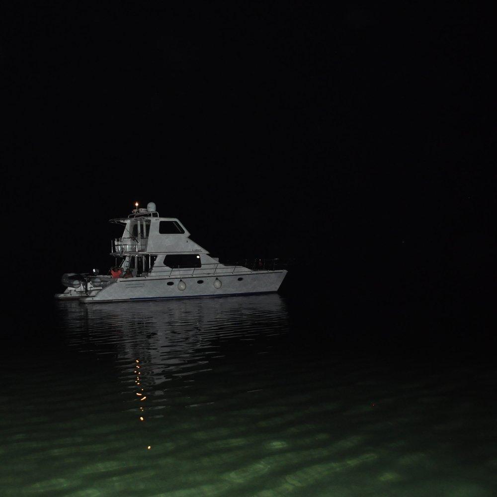 Navegar de noche es toda una experiencia. Foto: Pamy Rojas